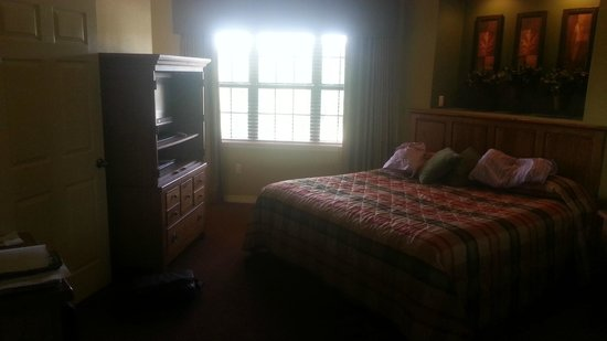Falls Village Resort: Master Bedroom. Closet is around the corner with private door to balcony
