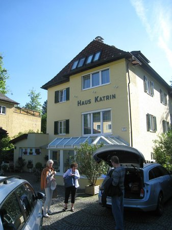 Pension Katrin: view from street