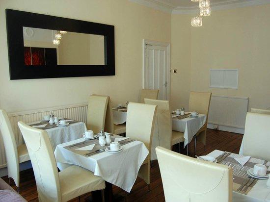 The Inglewood Hotel - Blackpool North Shore: Breakfast / Dining Room
