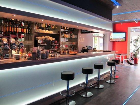 8ème Avenue Brasserie : le bar