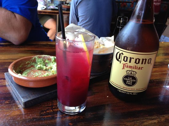 Taco Joint: And great drinks!