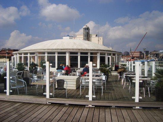 Bournemouth Pier : El muelle de Bournemouth al mediodía