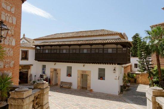 Casa canaria picture of pueblo espanol palma de for Casas en palma de mallorca