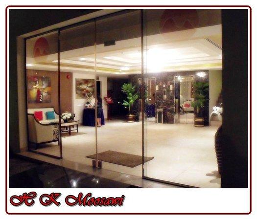 Muscat Dunes Hotel: Lobby