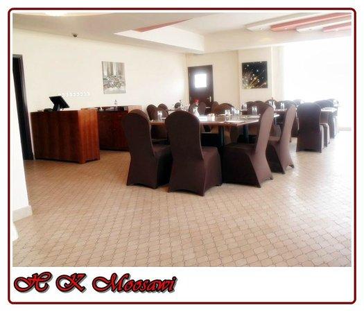 Muscat Dunes Hotel: Restaurant