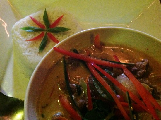 Captain Jack's Canopy Bar and Restaurant: Penang Curry with Filet Mignon