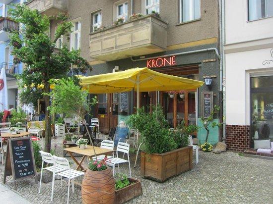 KRONE, kitchen & coffee: Outside dining