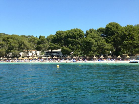 Formentor, a Royal Hideaway Hotel: Beach main area - they also have small coves to chill