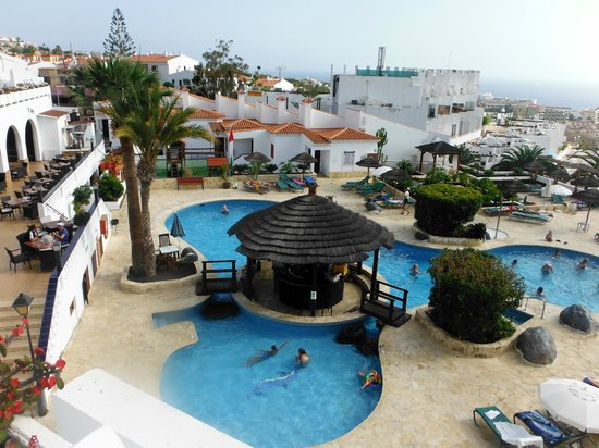 Regency Torviscas Apartments and Suites: Pool area