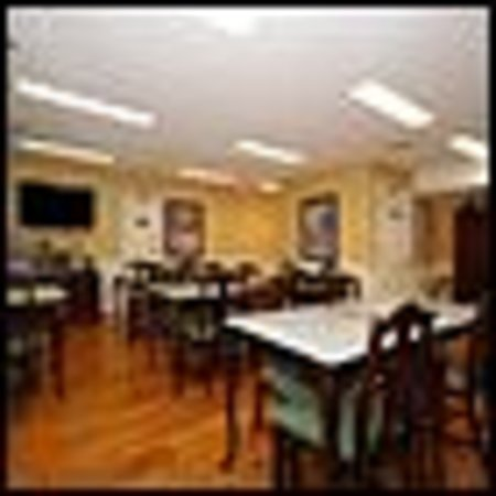 Quality Inn Scottsboro : Breakfast Room