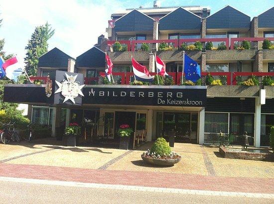 Bilderberg Hotel De Keizerskroon: Voorkant van het hotel