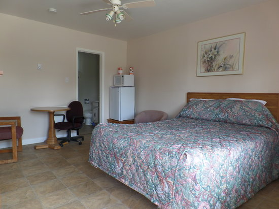 Bayside Motel: Queen Room