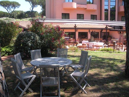 Roccamare Resort: Area ristorante