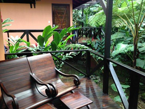 Rio Celeste Hideaway Hotel : Terraza