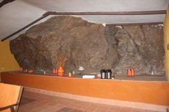Hotel Jardines de Mallku Cueva: Salle de séjour