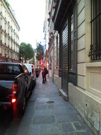 Castex Hotel: the street