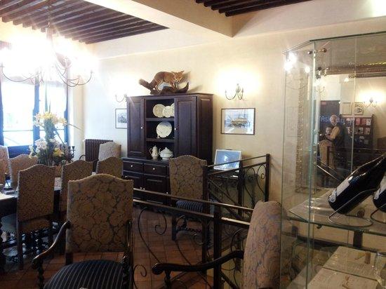 Castex Hotel: lobby