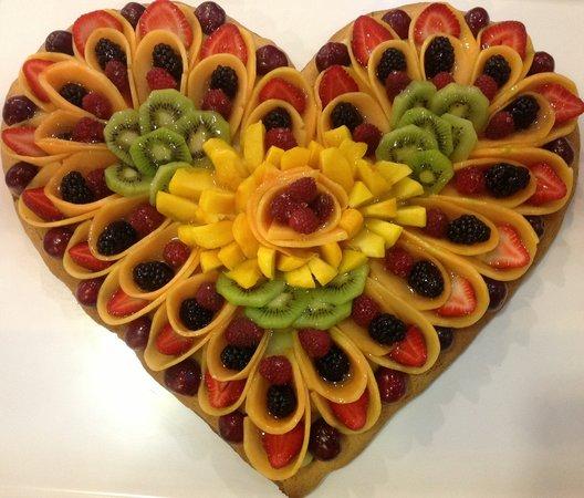 Crostata Di Frutta Fresca Picture Of Pasticceria
