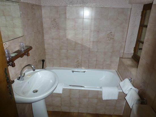 Auberge Saint Jacques : Salle de bain