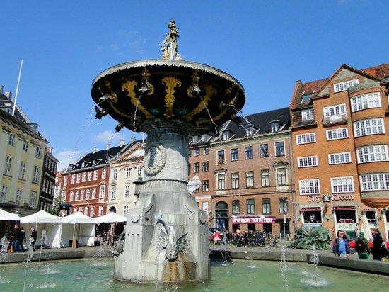 New Port Tours - Discover Copenhagen: Caritas Fountain on Gammeltorv (The Old Square)