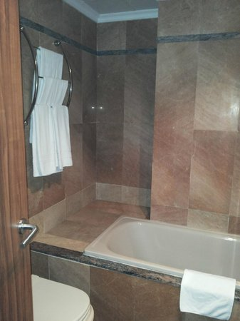 Gran Hotel Europe Comarruga: Baño