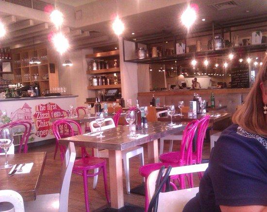 Restaurant Zizzi In Chiswick High Road