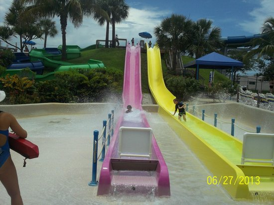 Rapids Water Park Slides