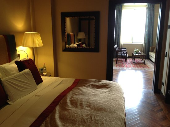 The King David: comfortable room with lovely foot creams and hand creams gifts