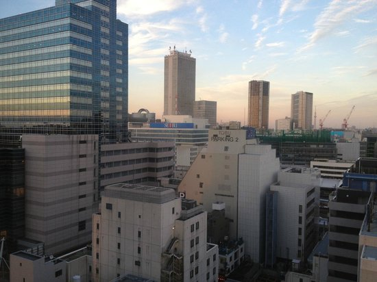 Hotel Metropolitan Tokyo Ikebukuro: View from 13th floor (Sunshine 60 is 2nd from the left)
