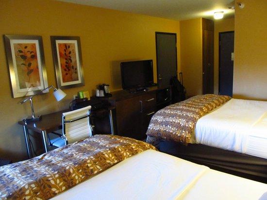 La Quinta Inn & Suites Butte: Our Room
