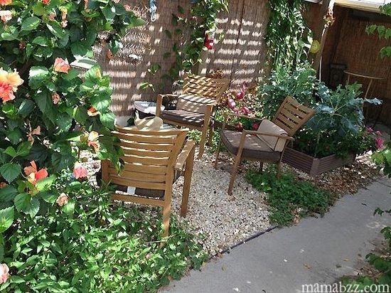 3rd Coast Inn: Sitting area