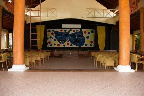 VIK Hotel Arena Blanca: theatre