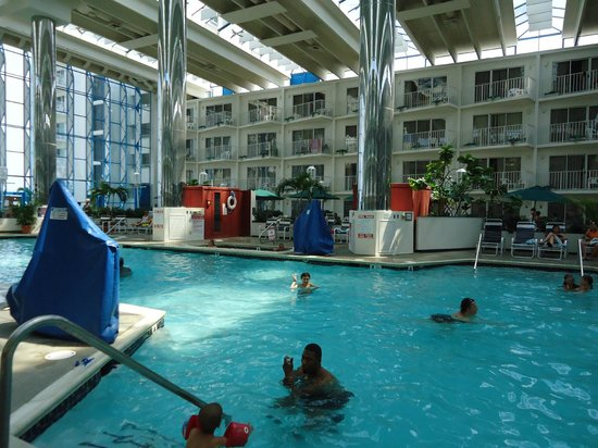 Princess Royale Resort: Indoor Pool