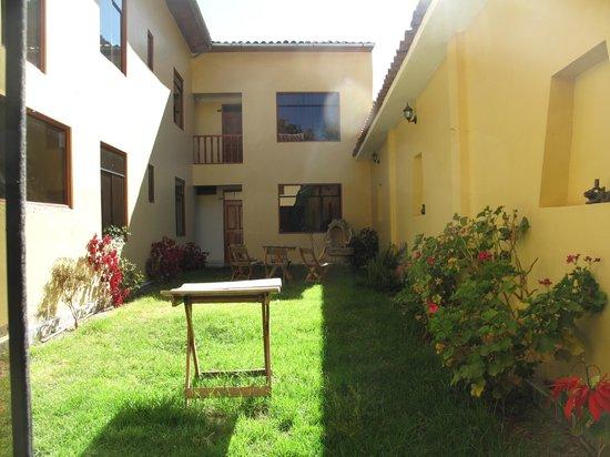Hotel Casa de Mama Valle: jardines interiores