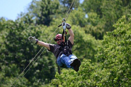 Seven Springs Mountain Resort: Flying through the trees!