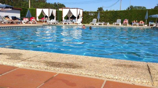 Hotel Spa Galatea: Piscina exterior