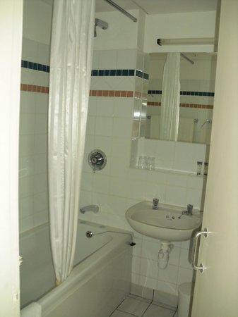 Derrynane Hotel: Łazienka