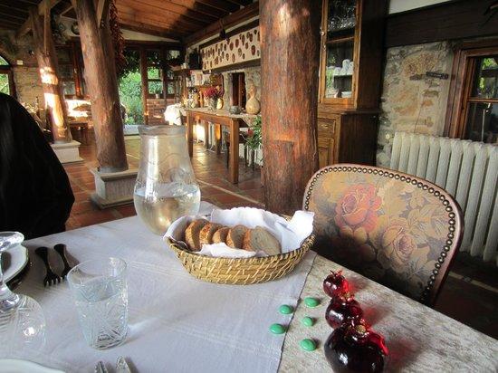 Nisanyan Evleri Hotel: Inn dining room