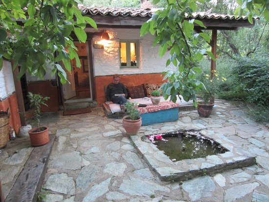 Nisanyan Evleri Hotel: Cottage 7 patio