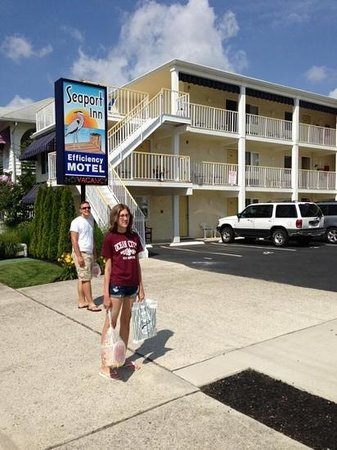 Seaport Inn Motel: Great place!