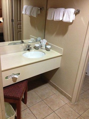 Hawthorn Suites by Wyndham Orlando Lake Buena Vista : ready for upgrade but clean