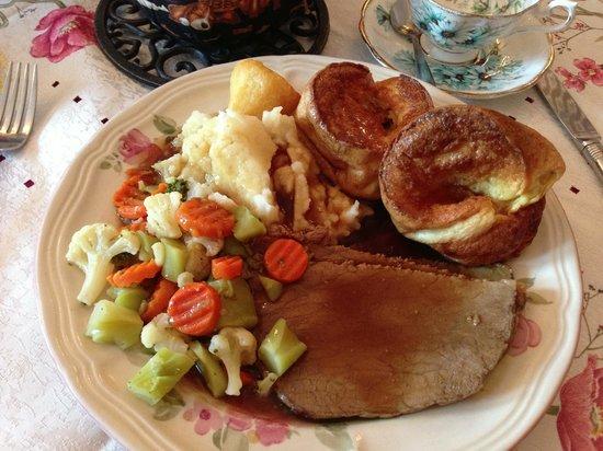 Queen Charlotte Tea Room : Roast Beef Special
