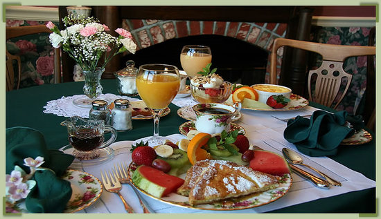 Edenton, Carolina del Norte: Giuliano's Gourmet 3-Course Breakfast...