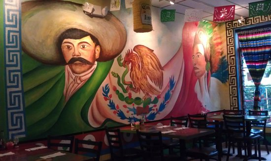 One of many wall murals picture of el mexicano for Mural mexicano