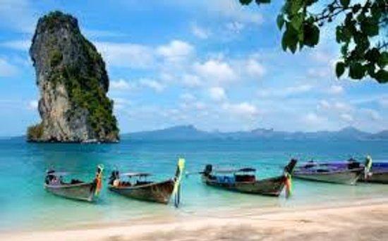PhraNang Cave Beach: Must-swim Phra Nang beach