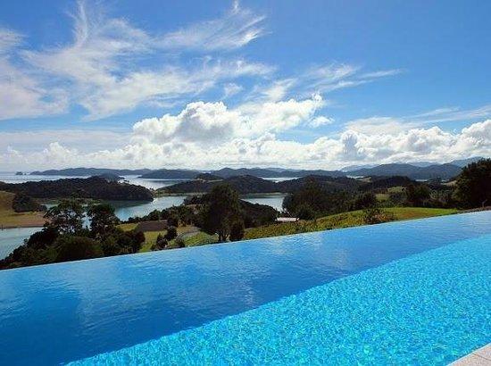 Paroa Bay Winery : Pool @ Tarapunga