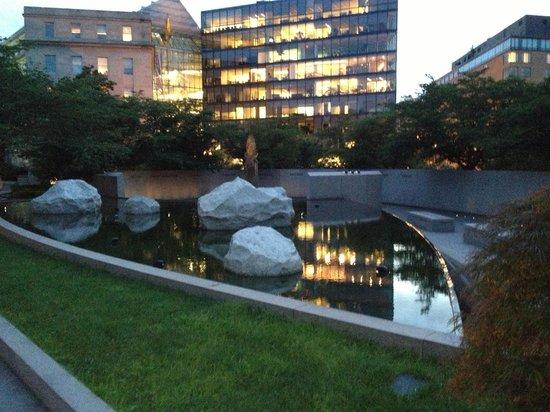 National Japanese American Memorial: Rocks & pool are part of the memorial - but please walk in