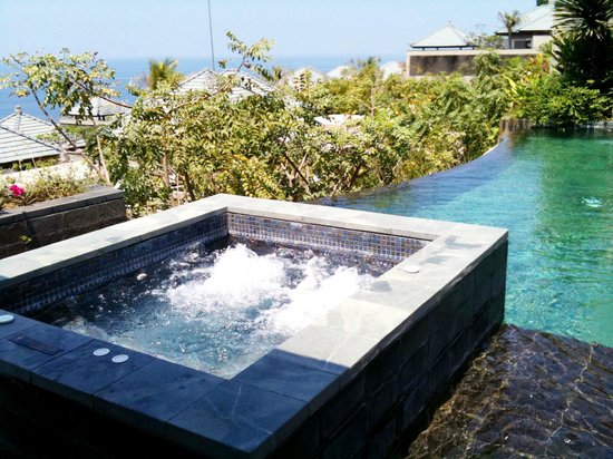 Good Banyan Tree Ungasan, Bali: Outdoor Jacuzzi