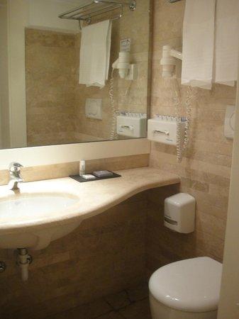 White Hotel: Toilette de PB