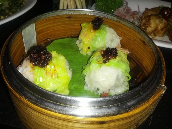 The Yum Yum Tree: prawn dumpling